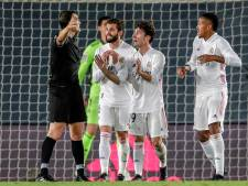 Zinderende titelstrijd: Koeman en Barça zien ook Real punten morsen na VAR-chaos