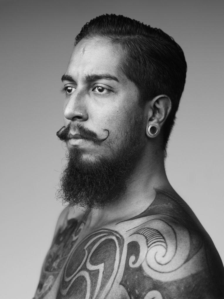 Paikan Gonzales (28) - Braziliaans/Quaypo, Indiaans/Spaans Beeld Stephan Vanfleteren