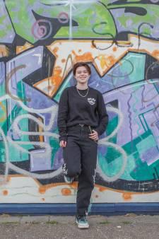 Steenbergse jongeren maken coronalied: 'Het voelt alsof ik tussen vier onzichtbare muren leef'
