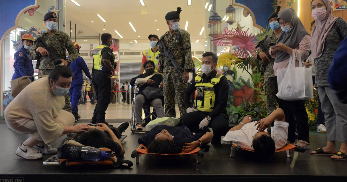 Ruim 200 gewonden bij metrobotsing in hoofdstad van Maleisië.