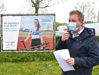 """Lokale sporthelden zijn het gezicht van nieuwe vaccinatiecampagne: """"De eindmeet is in zicht!"""""""