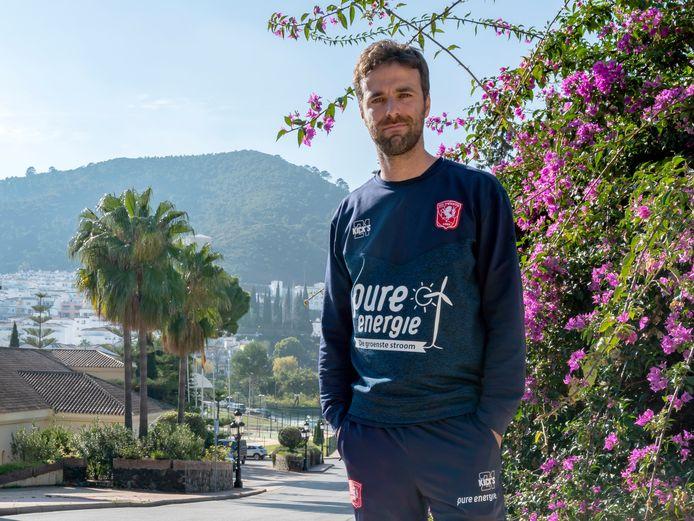 """Gonzalo Garcia in de Spaanse zon. ,,Ik beleef het voetbal heel intens."""""""