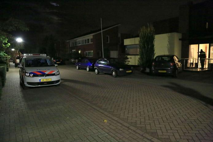 Bij een steekpartij in huiselijke sfeer in Geldrop viel een gewonde.