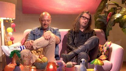 """Herman Brusselmans kijkt 'Love Island': """"Ik wil iedereen afknallen, maar ik amuseer me wel"""""""