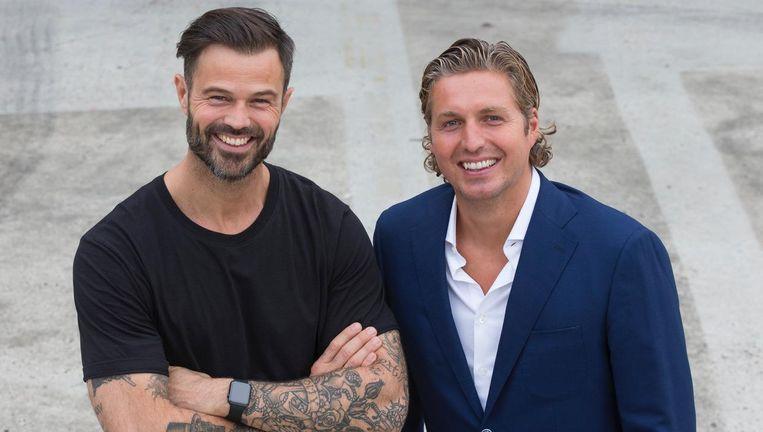 Arie Boomsma en Pieter van den Hoogenband gaan in gesprek met Olympisch kampioenen Beeld Sander Stoepker