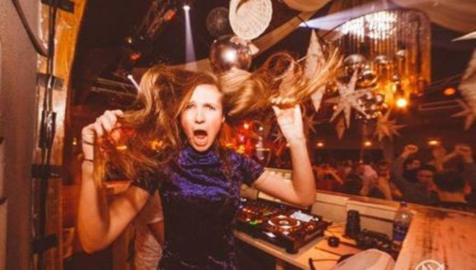 Angie Mill uit Enschede draait misschien volgend jaar wel op Tomorrowland.