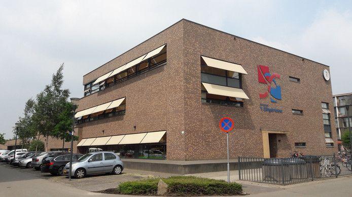 De vestiging van basisschool 't Slingertouw aan het Grasland in Meerhoven, Eindhoven.
