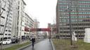Loopbrug over Torenallee op  Strijp-S wordt lichtkunstwerk van Motion Painting.