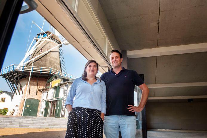 Olijfgroen kleurt het nieuwe restaurant Pasto van Monique en Ralph van Bekkum. Ze zijn gek op de Italiaanse keuken. ,,Ik houd van Italië om de puurheid van de producten.''