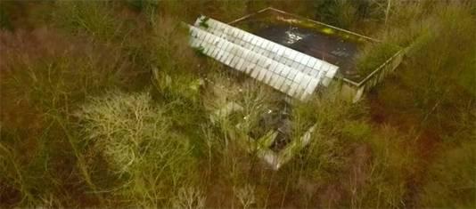 Een screenshot van de video van de restanten van het Dierenpark Wassenaar.