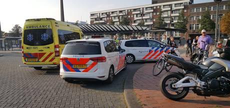 Motorrijders botsen op pizzabezorgers, drie gewonden