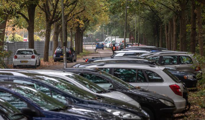 Vandalen en inbrekers slaan vaker toe aan de Nijverheidstraat in Zwolle.