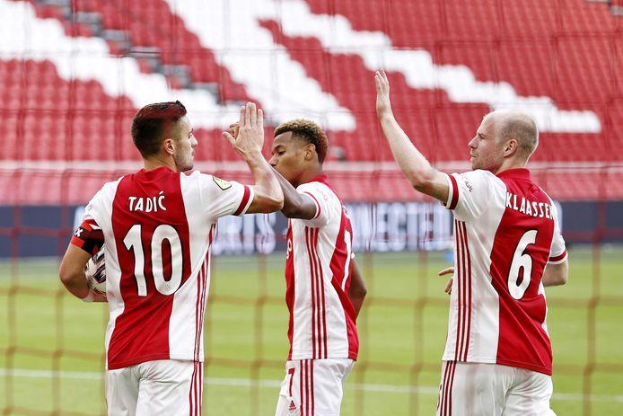 Davy Klaassen en Dusan Tadic waren de blikvangers bij Ajax tegen SC Heerenveen.
