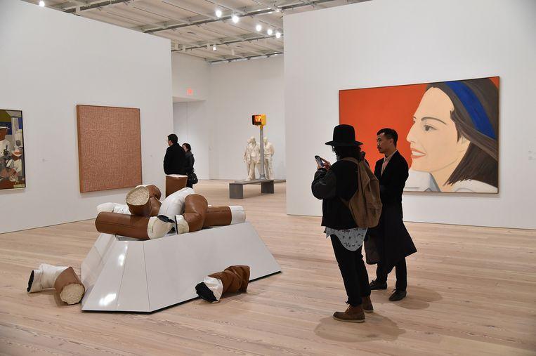 Een van de zalen van het nieuwe Whitney Museum. Dat is ingeplant in het hippe Meatpacking District, waaar het verhaal van de collectie ooit begonnen is. Beeld Nic Lehoux / Getty Images for Max Mara