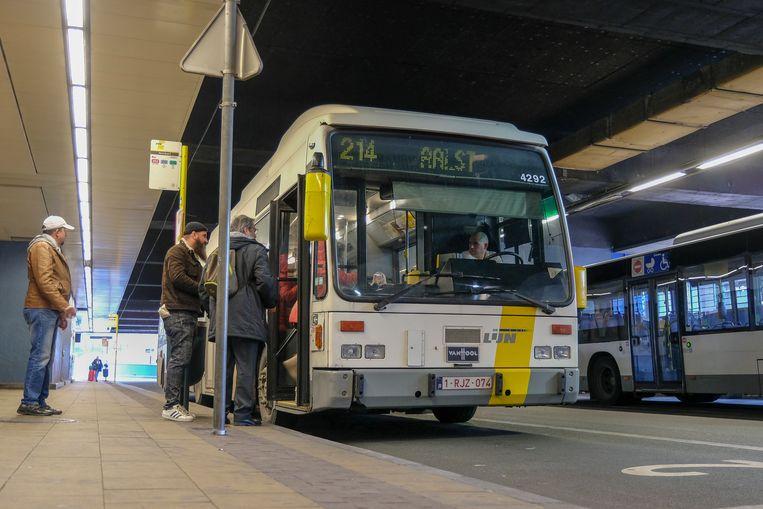 Bussen Brussel Noord. Beeld Baert Marc