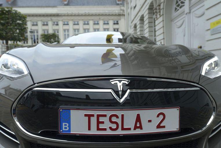 De Tesla waarmee Elon Musk met Bart De Wever door de Antwerpse haven reed. Beeld PHOTO_NEWS