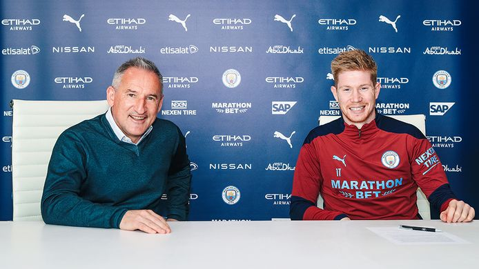 Kevin De Bruyne zette zijn krabbel onder een nieuwe verbintenis bij Manchester City.