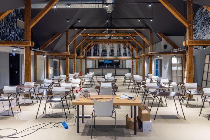 De Utopia-zaal in De Voorste Venne  in Drunen. De ruimte is nu vooral in gebruik bij het d'Oultremontcollege. En normaal gesproken bij dansschool Urbanstylz. De kans is groot dat eind 2023 de openbare bibliotheek hier in zit.