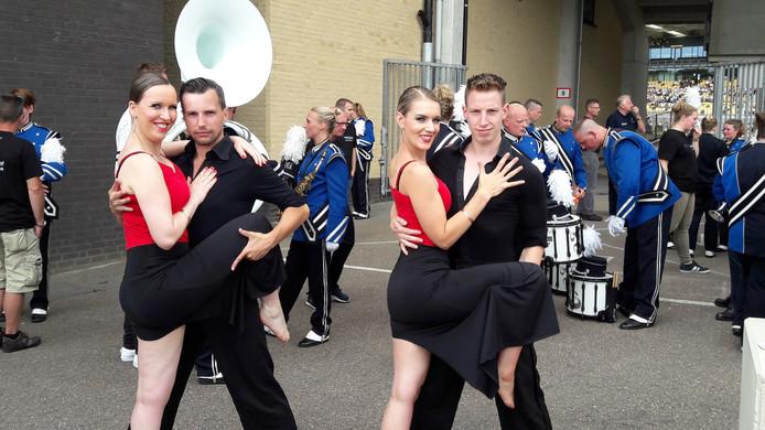 De dansparen van VLS, Marcel Bruinewoud en Kim Ziengs en Ronald Loedeman en Sandra Bos.