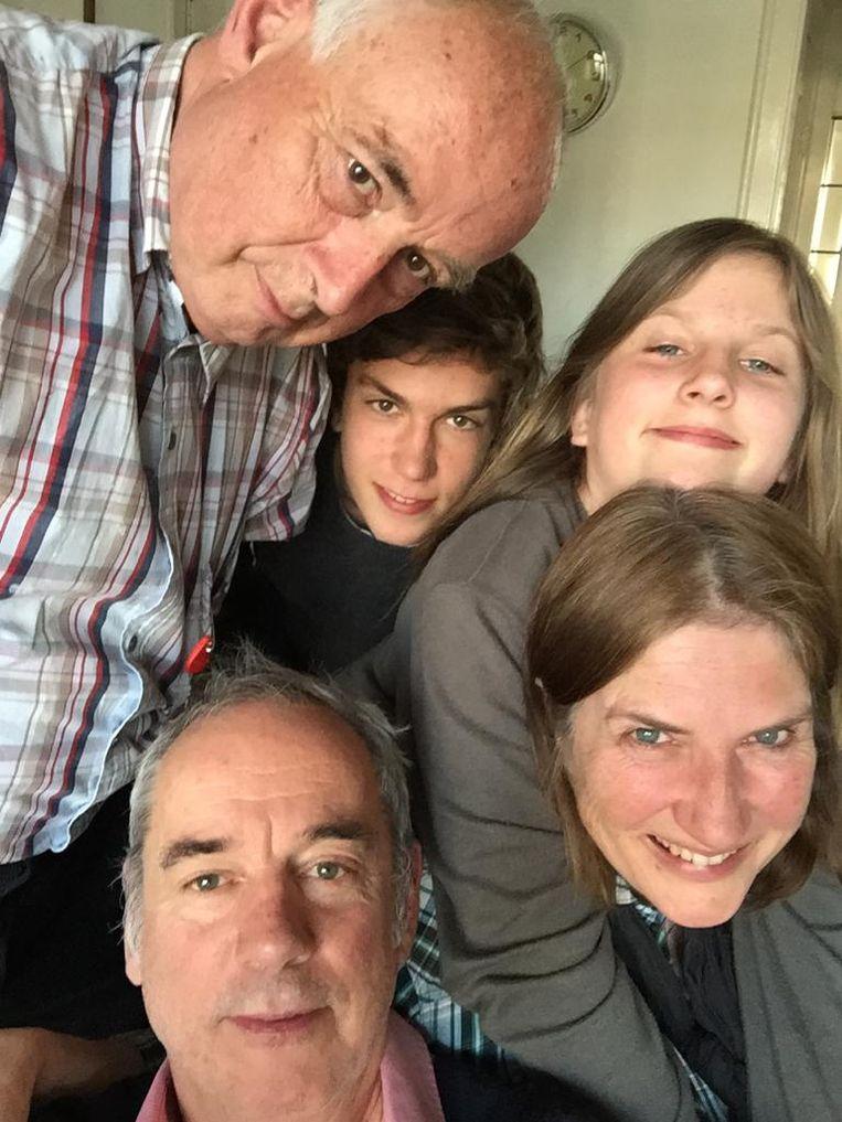 Linksboven: Maarten. Linksonder: Carel. Verder: Lucas, Julia en Monique Beeld Privéfoto