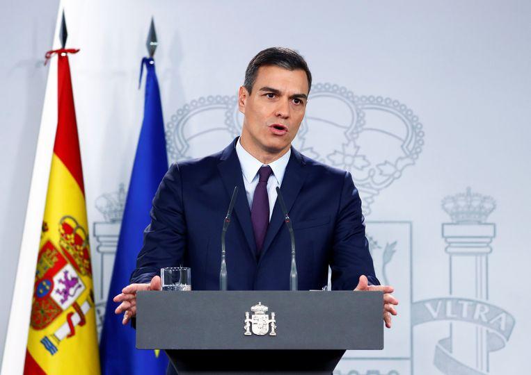 Spaans premier Pedro Sánchez schrijft nieuwe verkiezingen uit voor 28 april. Beeld REUTERS