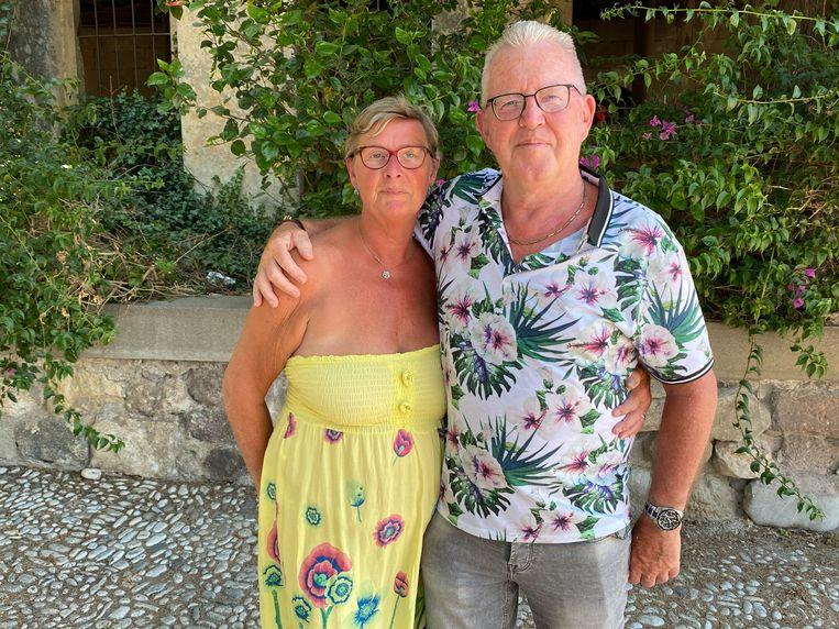 Marijanne (met gele jurk) en Jack Boogert. Beeld Thijs Kettenis