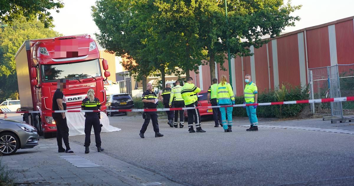 Ernstig ongeval in Dongen: vrachtwagen botst met fietser.