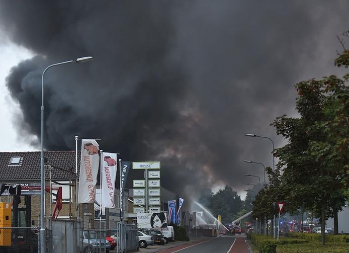 Uitslaande brand aan de Gildeweg in Vlissingen.