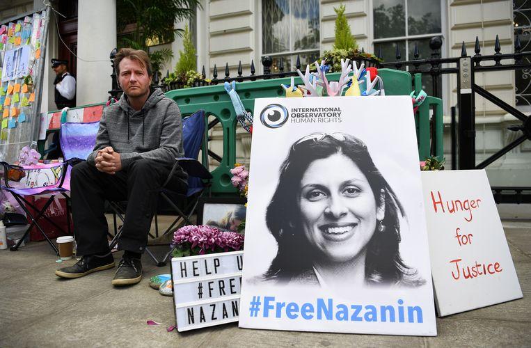 Richard Ratcliffe, echtgenoot van de in Iran gedetineerde Nazanin Zaghari-Ratcliffe, voert onophoudelijk strijd voor de vrijlating van zijn vrouw.  Beeld EPA
