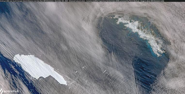 Een satellietfoto van de ijsberg. Beeld via REUTERS