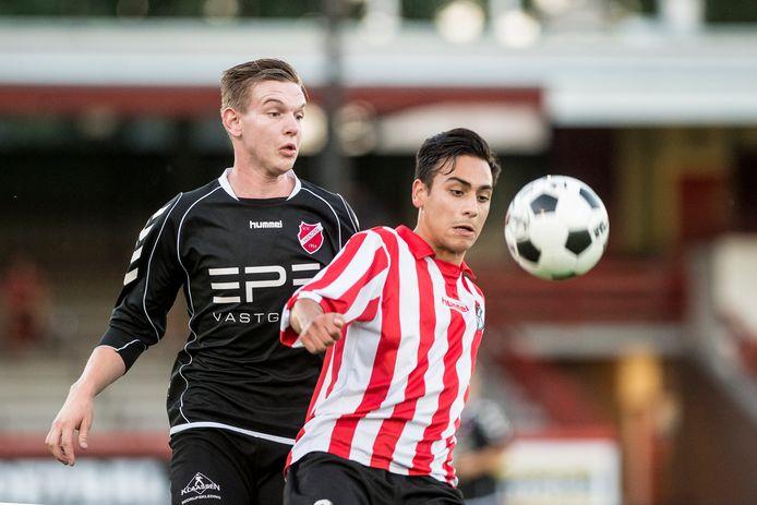 Gert Boonen (links) verlengde zijn contract bij VV Hierden ook voor volgend seizoen.