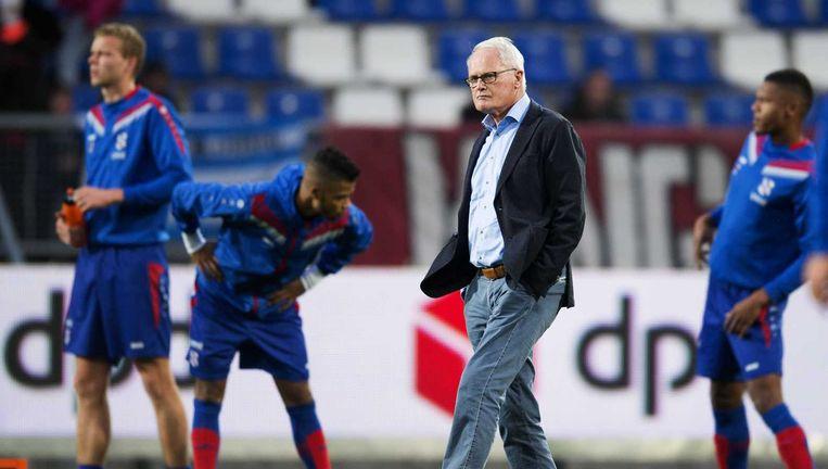 Coach Foppe de Haan voor de wedstrijd. Beeld anp