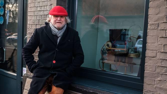 Kunstenaar Zjos Meyvis stelt stuifmeelverspreiders tentoon bij café De Witte