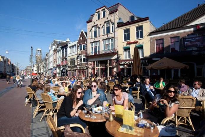 Horeca in de Molenstraat in Nijmegen. Foto: DG