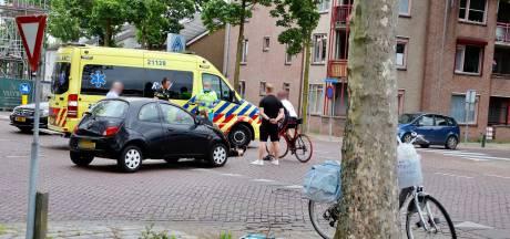 Fietster naar ziekenhuis na ongeluk met auto in Cuijk