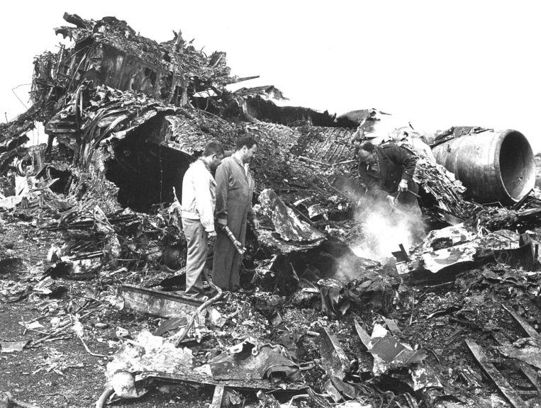 Op 27 maart 1977 botsen twee Boeing 747's van KLM en Pan Am op elkaar op het vliegveld van Santa Cruz de Tenerife: 583 doden. Beeld ANP