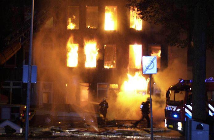 De gasexplosie in de Amsterdamse Czaar Peterstraat in 2001 waarvan Yvonne Guijt slachtoffer werd.
