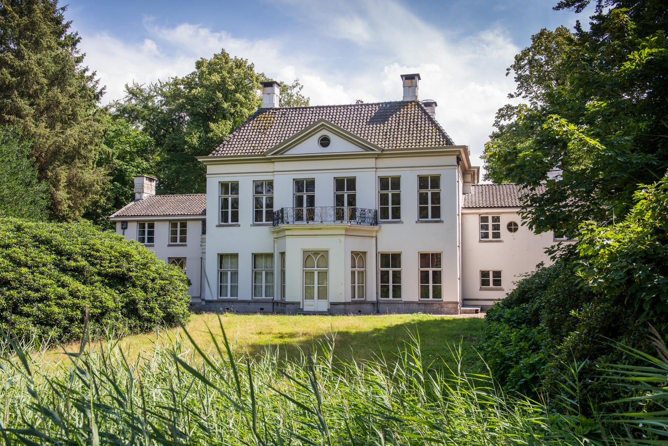 Duurste Huis Van Nederland In Doornspijk Moet Weer Gaan Stralen