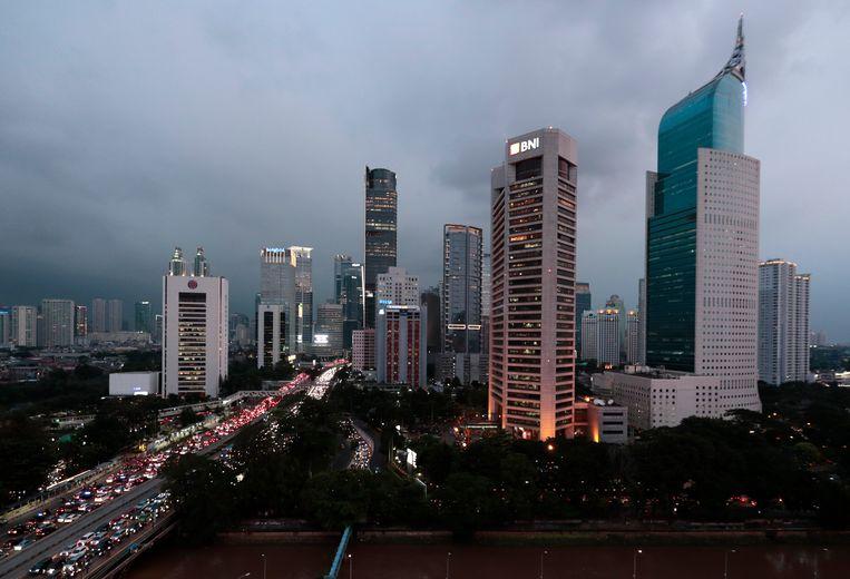 De skyline van Jakarta, de huidige hoofdstad van Indonesië.
