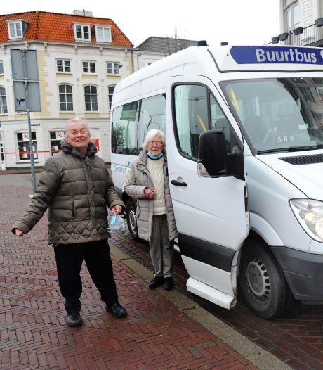 Buurtbus geeft Middelburgse ouderen hun vrijheid terug