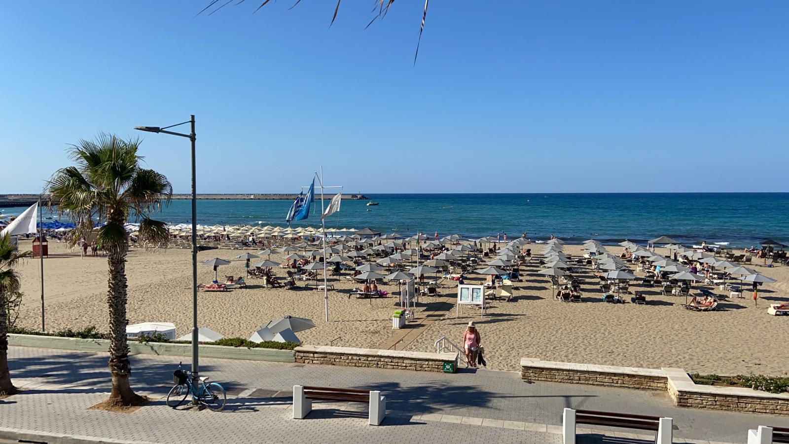 Het strand in Rethymnon, waar het drama zich voltrok.
