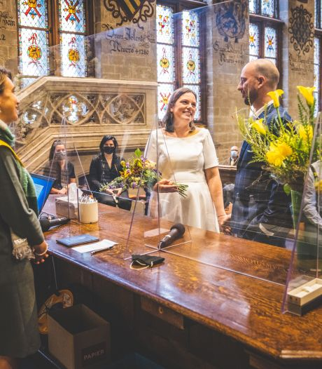 """Kunnen we in Gent binnenkort onder de Stadshal trouwen? """"De keuze aan de Gentenaars laten"""""""