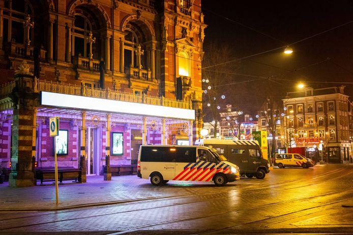 Politie in het centrum van Amsterdam.
