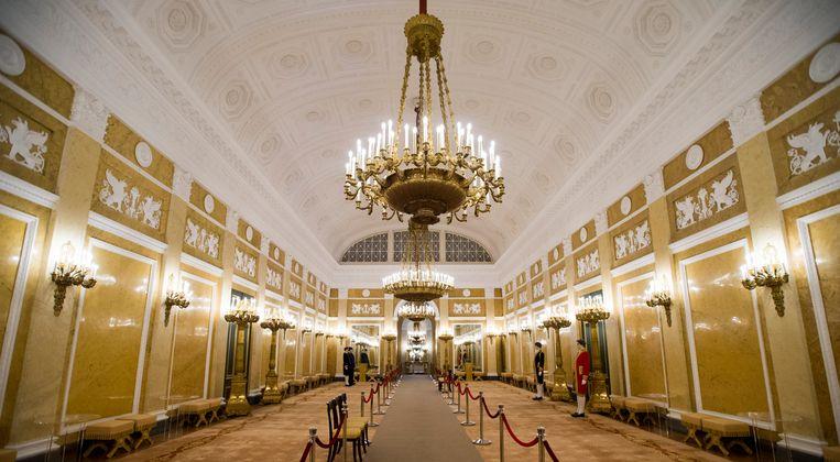 De Grote Balzaal tijdens een rondleiding door paleis Noordeinde. Beeld ANP