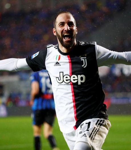 La Juventus confirme le départ d'Higuain, annoncé à Miami