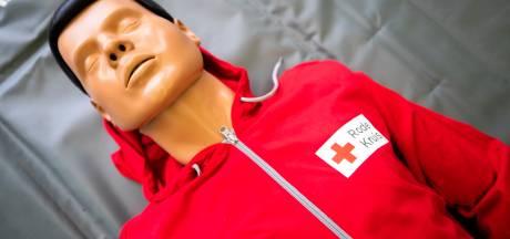 Rode Kruis biedt reanimatiecursus aan op Instagram: 'Het is niet moeilijk, als je maar weet hoe je moet handelen'