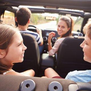 touring--%E2%80%98ook-lachen-en-meezingen-met-kinderen-kunnen-ongevallen-veroorzaken%E2%80%99