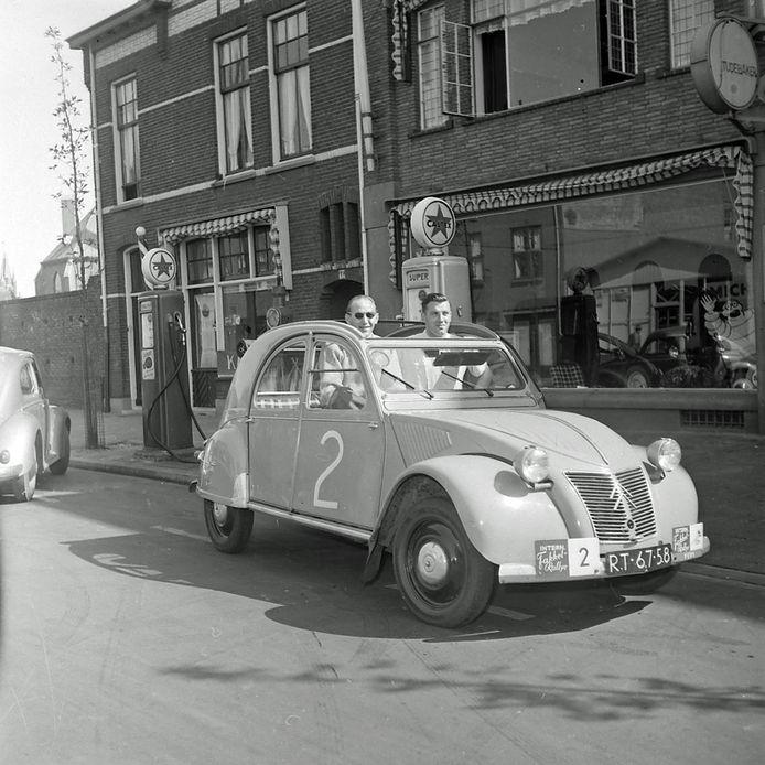 Fakkelrally tussen bayeux en Eindhoven in 1955