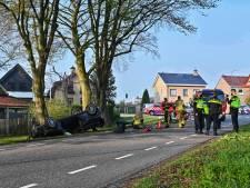 Man (20) overleden na ongeluk in Klundert waarbij auto over de kop vloog