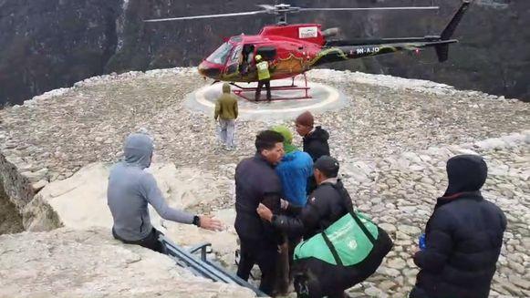 Borlée werd opgepikt door een helikopter.